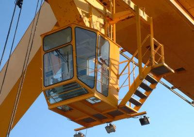 Nouvelle cabine de pont roulant - New overhead crane cabin - Neue Krankabine